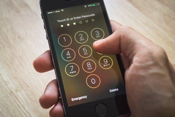 apple fbi iphone